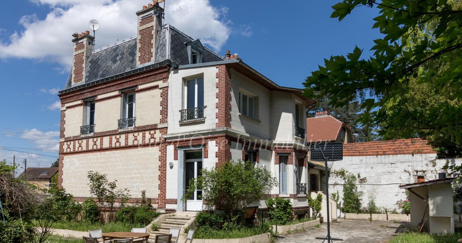 Maison 9 Pièces – Taverny Vaucelles – EXCLUSIVITE
