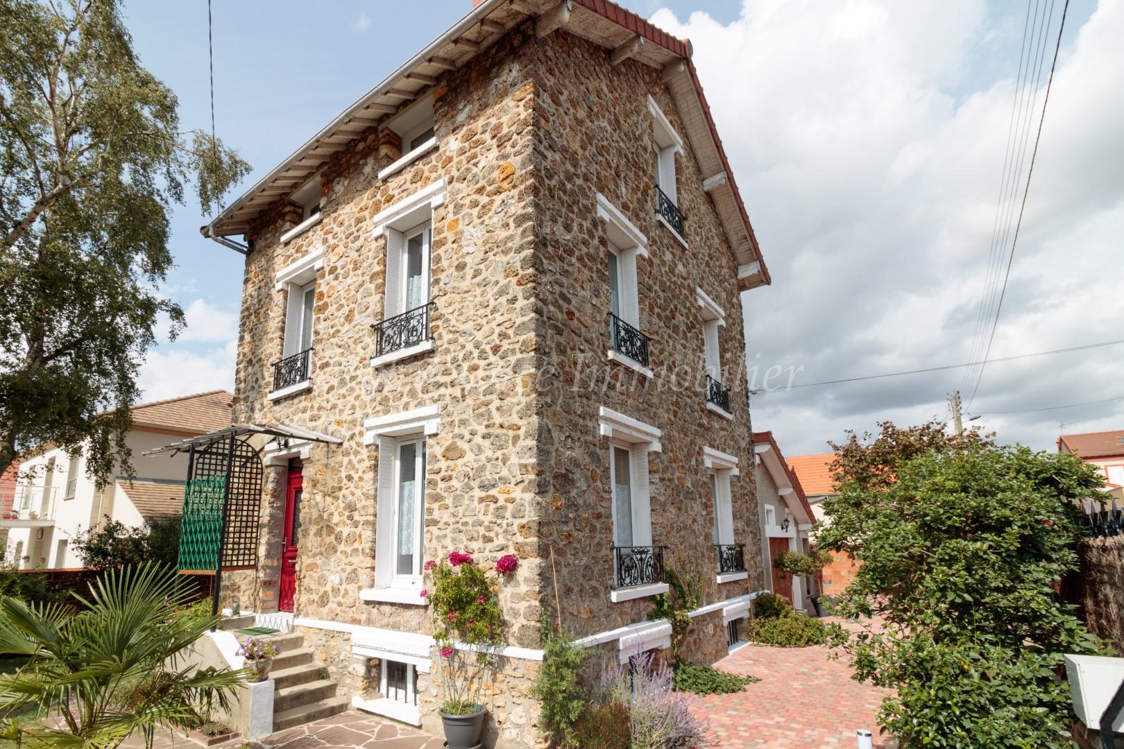 Maison 6 Pièces – Taverny – EXCLUSIVITE